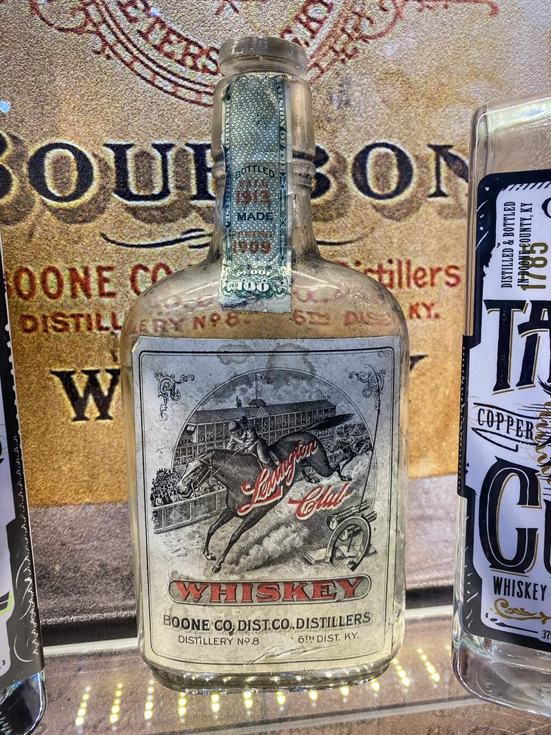 Boone-County-Distilling-Co-LexingtonClub-Bottle